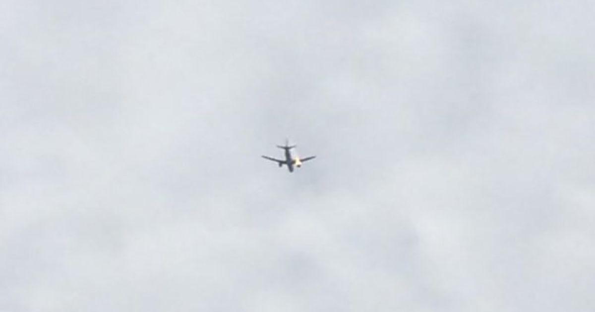"""Киевские авиадиспетчеры рассказали, как """"посадили"""" самолет без двигателей"""