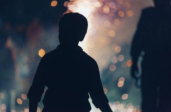 В українському селі підліток зґвалтував шестикласника та знімав знущання на відео