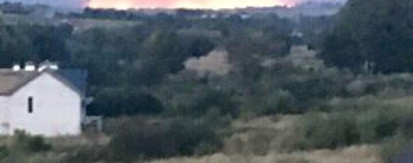 На Львівщині масштабна пожежа охопила гектари стерні