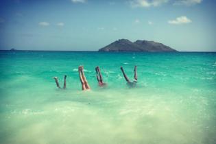 Влюблена и очень счастлива на Сент-Бартсе: Хайди Клум хвастается роскошным отдыхом