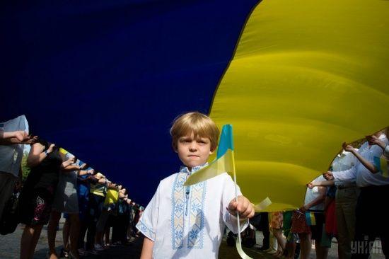 Прифронтові села Луганщини по-особливому відсвяткують День Незалежності України