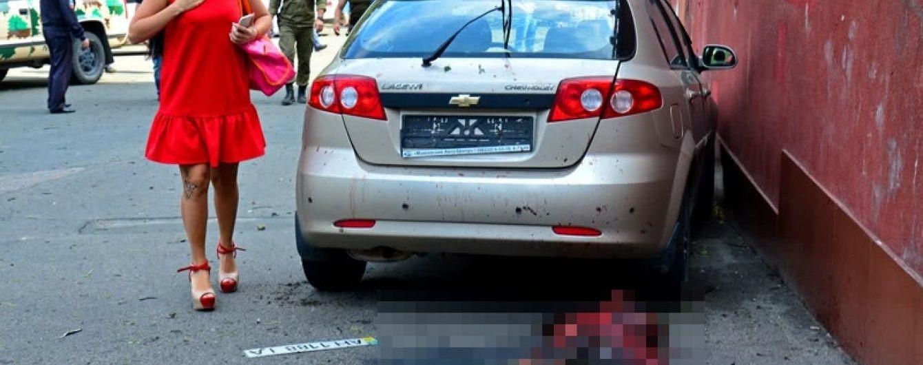 У Донецьку від снаряду розірвало людину на шматки