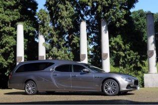 Итальянцы построили элитный катафалк Maserati Ghibli