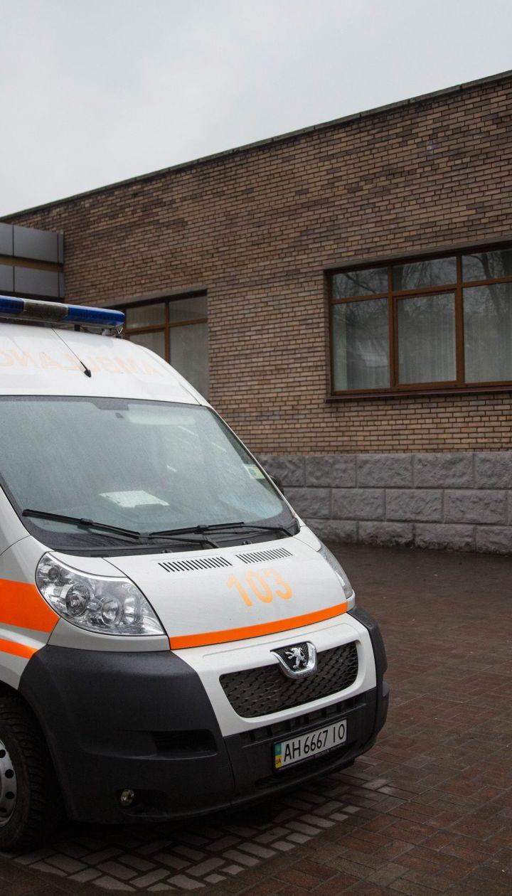 У Києві молодик вистрибнув з 8-го поверху, залишивши дивну передсмертну записку