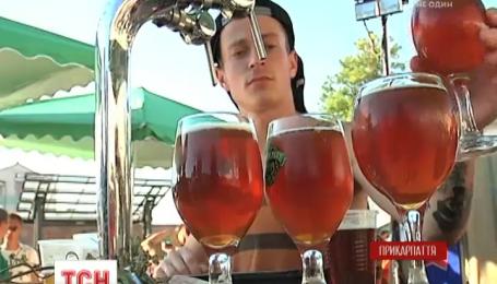 Более полусотни сортов крафтового пива представили на международном фестивале в Ивано-Франковске