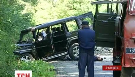 Три человека погибли в результате взрыва автомобиля на Львовщине