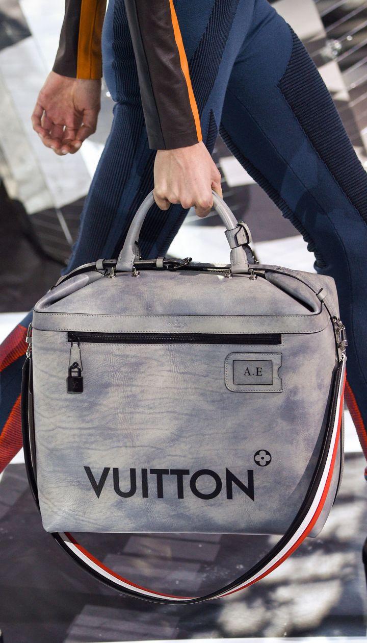 0c6d1039aee0 Коллекция Louis Vuitton прет-а-порте сезона осень-зима 2016-2017 @  Полноэкранный режим