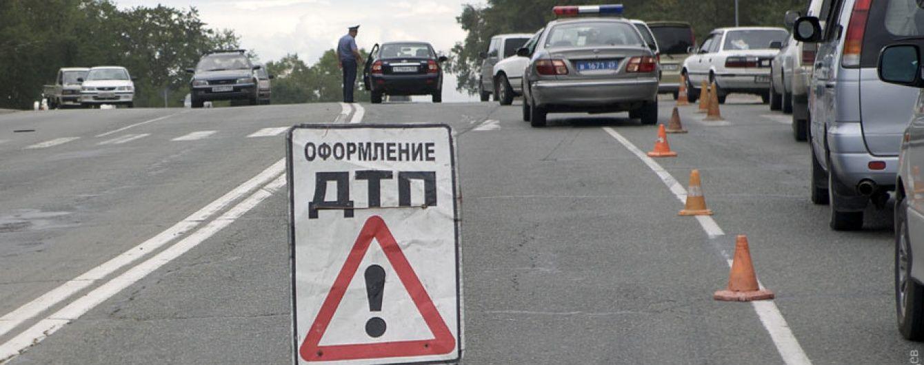 Семь человек погибли в аварии с двумя грузовиками и легковой машиной в оккупированном Крыму