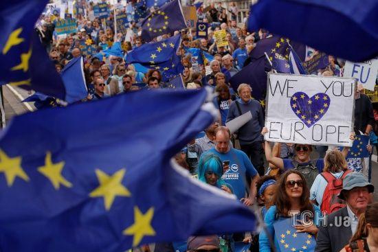 Майже 60% британців проголосували б зараз проти виходу з Євросоюзу - опитування