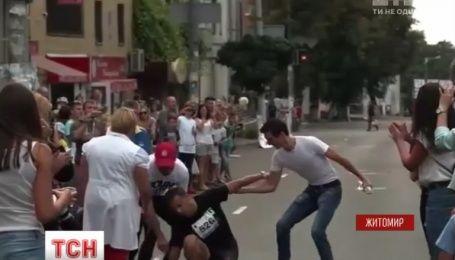 Мэр Житомира потерял сознание во время полумарафона