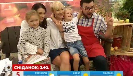 """На фестивале Family Day состоялась презентация осеннего сезона """"Сниданок. Выходной"""""""