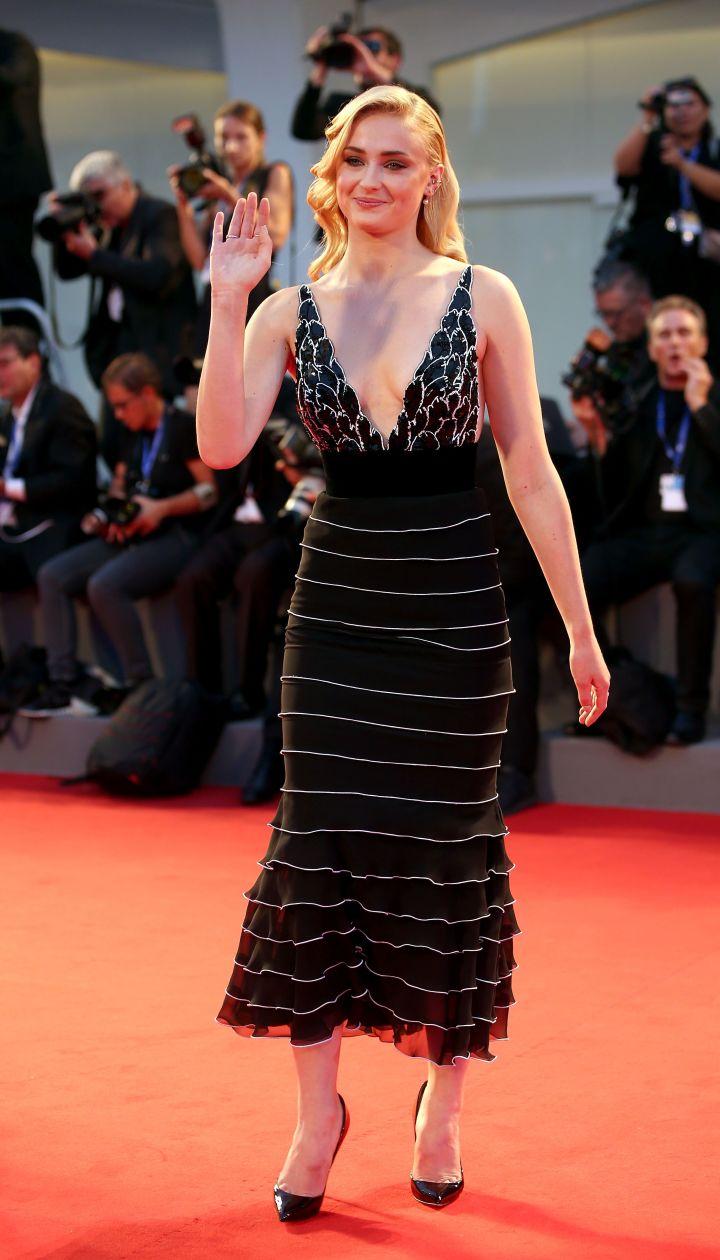 Софи Тернер на Венецианском кинофестивале - 2016