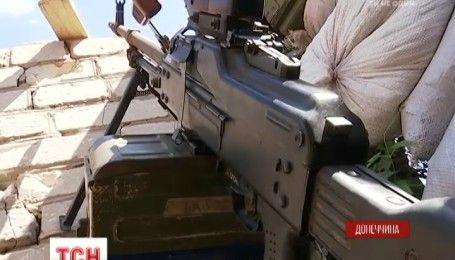 В Авдіївській промзоні не вщухають ворожі обстріли