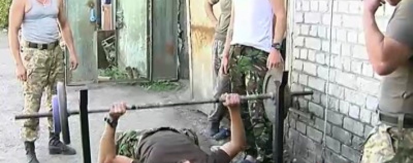 Боєць-чемпіон зробив популярним чоловічий спорт серед військових АТО