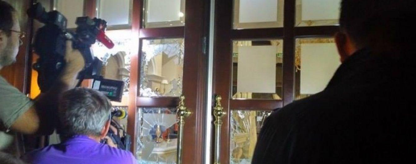 В Одесі розбірки між власниками переросли в штурм готелю і стрілянину