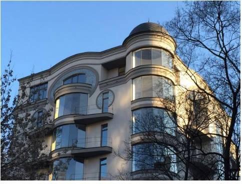 Будинок на Франка, де знаходиться квартира Лещенка