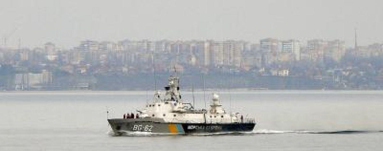 У Чорному морі російські військові агресивно перешкоджали діям корабля українських прикордонників