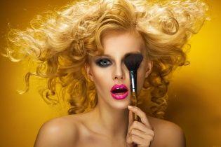 Сканеры для кожи и 3D-маски для лица: в США удивили новинками индустрии косметики и красоты