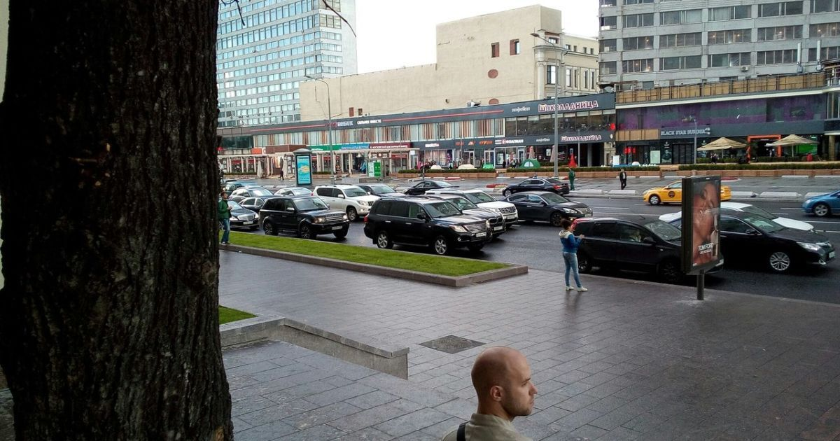 Авария с участием авто Суркова @ vk.com/msk_dtp