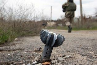 """""""Перемир'я"""" на Приазов'ї: бойовики стріляють з кулеметів і скидають бомби з безпілотників"""