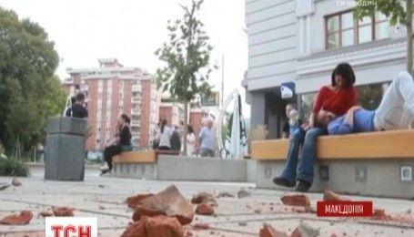 Сотня людей пострадала во время землетрясения в Македонии