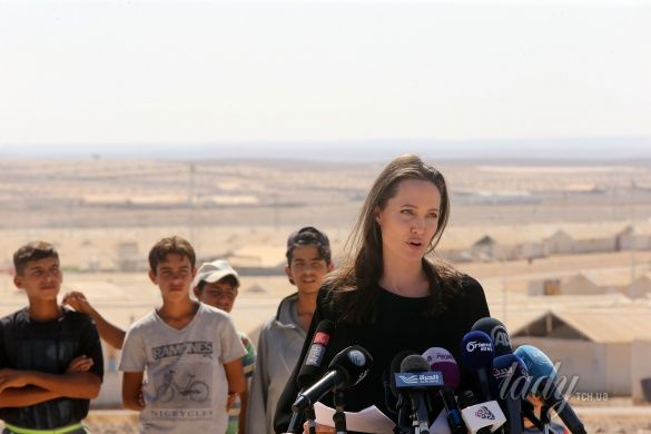 Анджелина Джоли в Иордании_5