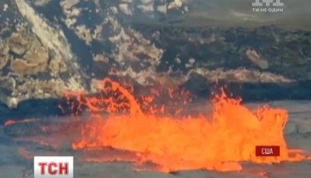 На Гавайях начал бурлить вулкан на вершине Килауэа