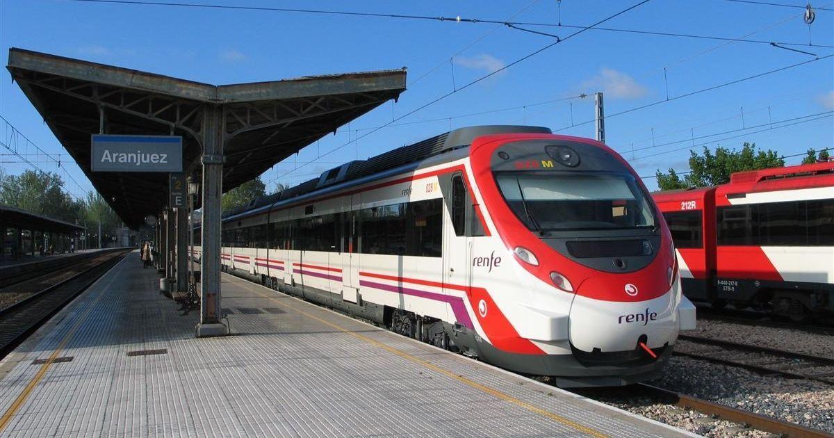 В Іспанії машиніст зупинив потяг посеред дороги після закінчення робочого дня