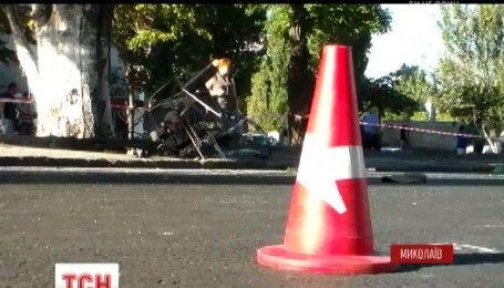 У Миколаєві п'яний водій BMW на смерть збив чотирьох працівників дорожньої служби