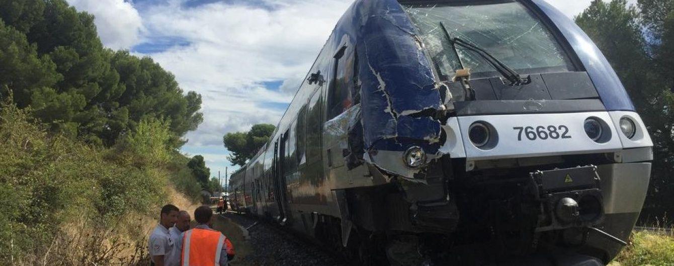 У Франції потяг зіштовхнувся із вантажівкою: є постраждалі