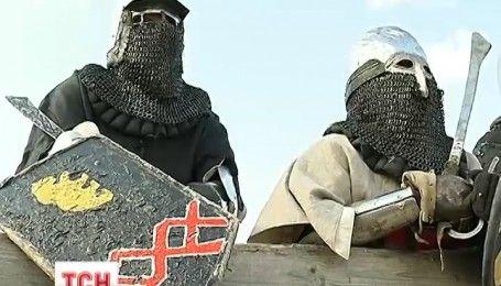 Під сучасним Києвом проводять видовищні середньовічні змагання