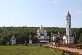 Военное паломничество: полторы тысячи бойцов пришли к богородичной святыне на Тернопольщине