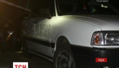 Около полуночи возле одного из ТРЦ в Луцке прогремел взрыв