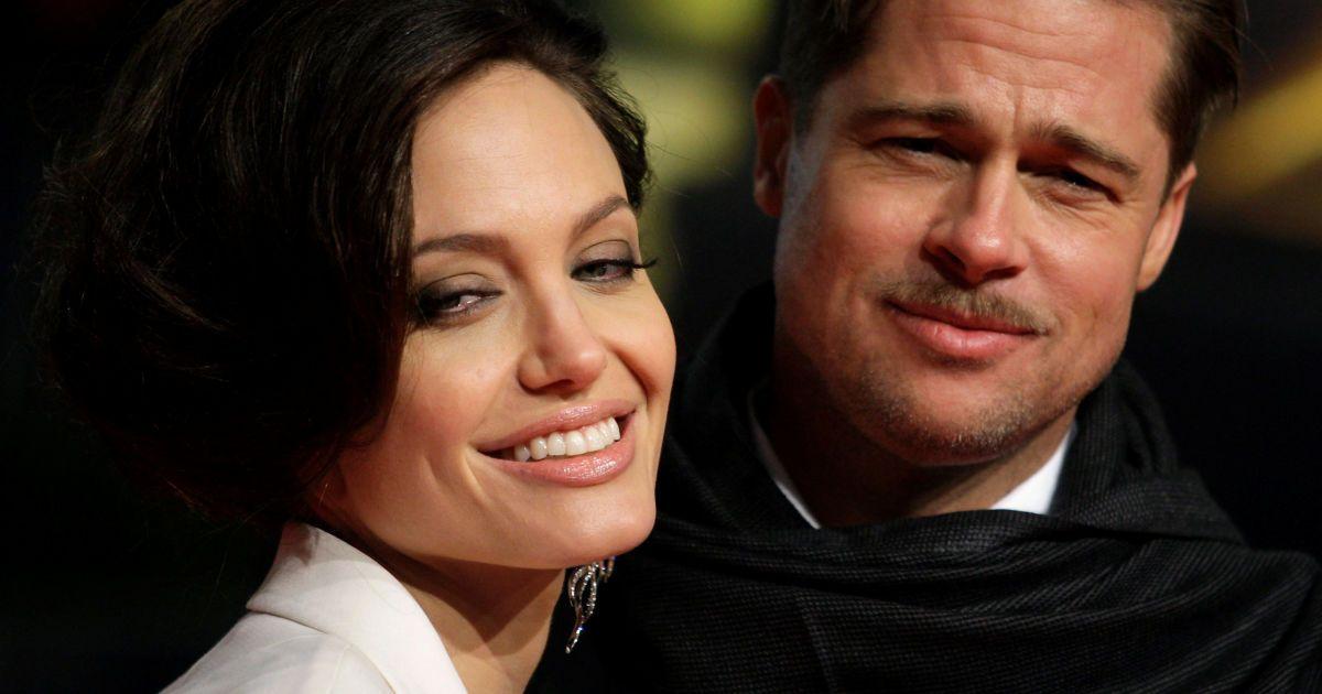 Джолі та Пітт розлучаються