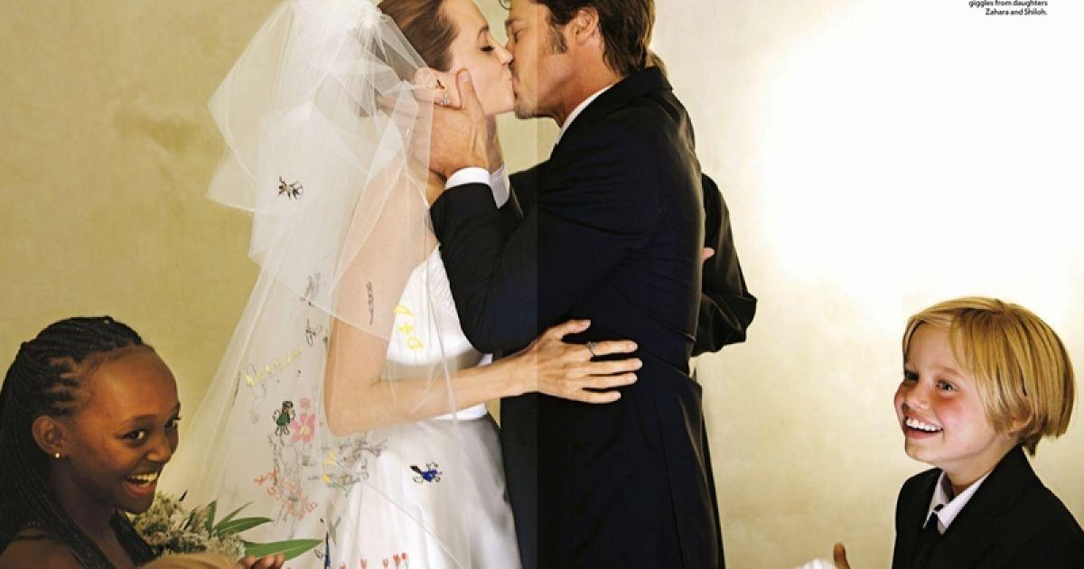 Весілля Джолі та Пітта