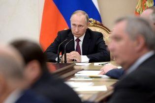 В Кремле ждут, кто сорвет разведения войск на Донбассе