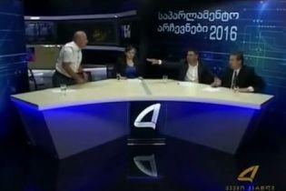 Гарячі дебати. У Грузії кандидати у депутати почубилися у прямому ефірі