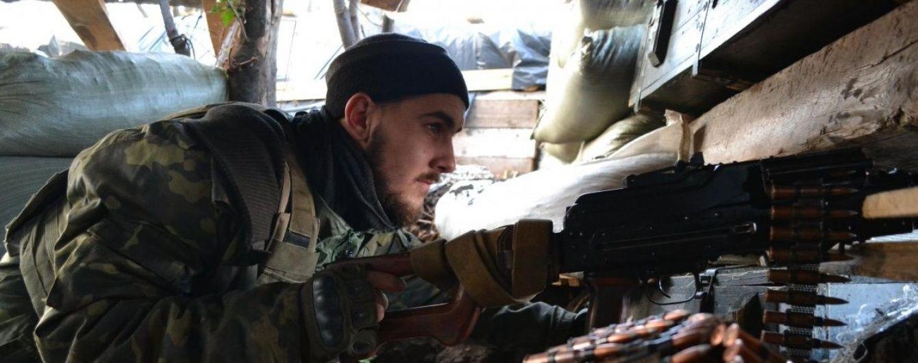 Бойовики не припиняють обстрілів по всіх напрямках фронту