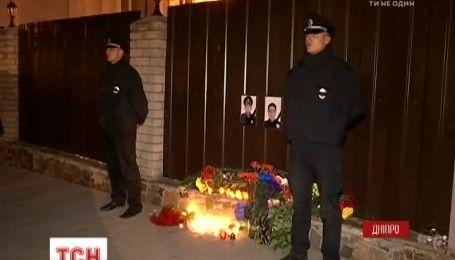 В Днепре попрощаются с погибшими полицейскими Ольгой Макаренко и Артемом Кутушевым