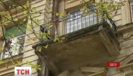 В Одессе умерла женщина, пострадавшая во время обвала балкона в субботу