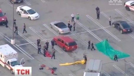 В американском Хьюстоне мужчина устроил стрельбу в торговом центре, есть раненые