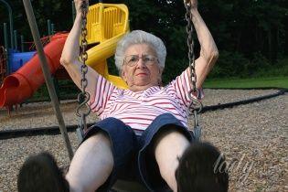 Моя бабушка сошла с ума: эпатаж в зрелом возрасте – норма или отклонение