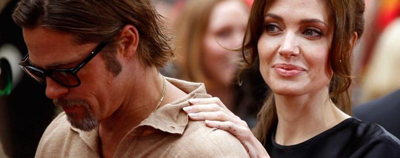 """Пригнічений розлученням із Джолі Бред Пітт перебуває у """"поганій формі"""" - ЗМІ"""