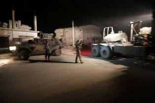 Турция отправила военную технику к границам с Сирией