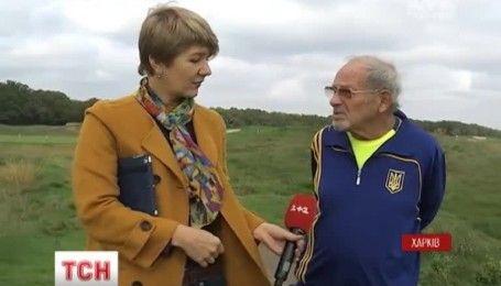 Теннис в 92: пенсионер из Харькова регулярно тренируется и мечтает о поединке с Федерером