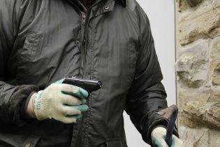 В Кривом Роге неизвестный обстрелял прохожего - СМИ