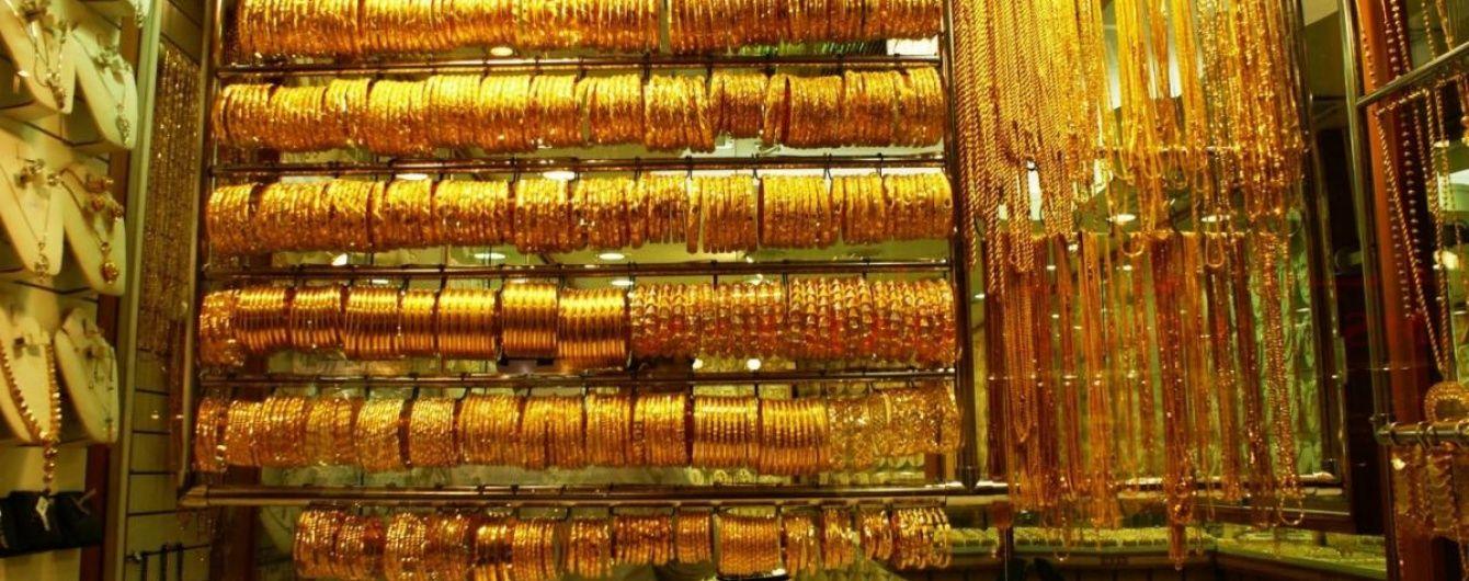 Україна просить Інтерпол оголосити скіфське золото в міжнародний розшук