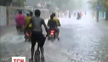 """Південне узбережжя США готується до приходу урагану """"Метью"""""""