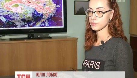 Во Львове по улицам плавал мусор и дождями затопило поликлинику