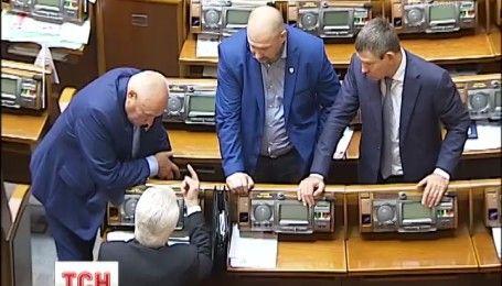Противники введения визового режима с РФ объяснили, как законопроект может навредить Украине